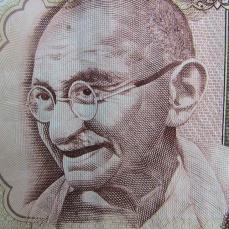 Gandhi-inde-ostéo-barman